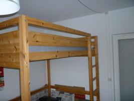 hochbett holz 140 x 200 cm mit matratze von ikea in berlin. Black Bedroom Furniture Sets. Home Design Ideas
