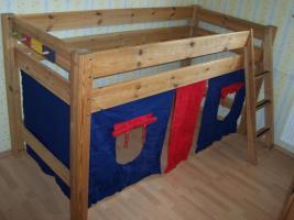 hochbett kiefer dunkel gebraucht sehr guter zustand zerlegbar an selbstabholer in. Black Bedroom Furniture Sets. Home Design Ideas