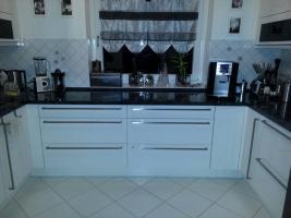 Hochglanz Küche in U-Form , der Marke Nobilia zu verkaufen