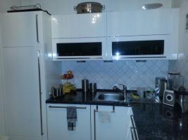 Foto 4 Hochglanz Küche in U-Form , der Marke Nobilia zu verkaufen