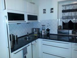 Foto 5 Hochglanz Küche in U-Form , der Marke Nobilia zu verkaufen