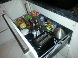 Foto 7 Hochglanz Küche in U-Form , der Marke Nobilia zu verkaufen