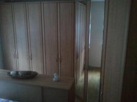Foto 2 Hochwert.gr.Schlafzimmer-Eckkleiderschrank!