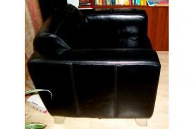 Foto 5 Hochwertige Couch Leder plus Sessel in schwarz wie neu NP:1500