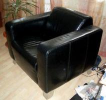 Foto 6 Hochwertige Couch Leder plus Sessel in schwarz wie neu NP:1500