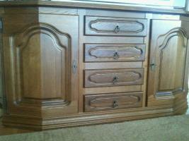 Foto 2 Hochwertige Wohnz.Schrankwand massiv Holz u.Sidebord