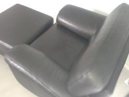 Foto 2 Hochwertige echt Leder Sitzgruppe Zweier-dreier-Sessel+Hocker