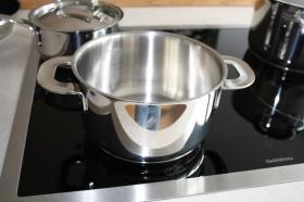 Foto 3 Hochwertiger Kochtopf von iittala All Steel