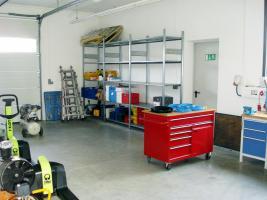 Foto 8 Hochwertiges Bürogebäude mit Verkaufsfläche und Lagerhallen als Kapitalanlage oder selbst nutzen