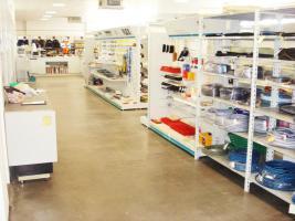 Foto 10 Hochwertiges Bürogebäude mit Verkaufsfläche und Lagerhallen als Kapitalanlage oder selbst nutzen