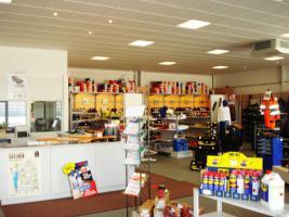 Foto 11 Hochwertiges Bürogebäude mit Verkaufsfläche und Lagerhallen als Kapitalanlage oder selbst nutzen