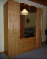 Hochwertiges Einzel-Schlafzimmer /Gästezimmer in massivem Hartholz