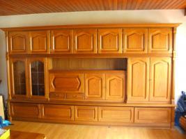 Hochwertiges altes Eichen- Wohnzimmer Super Qualität, leichte gebrauchsspuren.