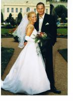 Hochzeitskleid Brautkleid traumhaft mit langer Schleppe Gr.38