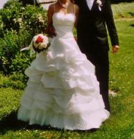 Hochzeitskleid (Gr.36/38)- cremefarbener Traum aus Tüll und Spitze