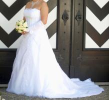 Foto 2 Hochzeitskleid - Grösse 42/44 - Einzelstück