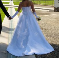 Foto 4 Hochzeitskleid - Grösse 42/44 - Einzelstück