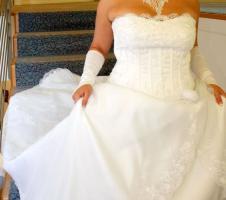 Foto 5 Hochzeitskleid - Grösse 42/44 - Einzelstück
