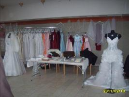 Foto 4 Hochzeitskleidungen