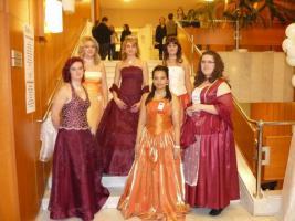 Foto 6 Hochzeitskleidungen