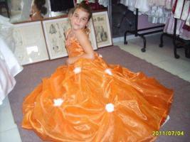 Foto 8 Hochzeitskleidungen
