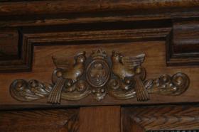 Foto 5 Holländischer Eiche Kissenschrank, Renaissance Stil