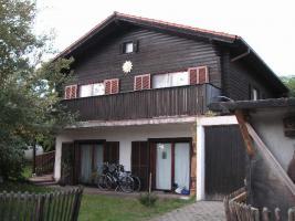 Holz-Blockhaus zu verkaufen