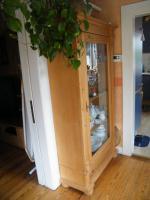 Foto 3 Holz-Glasvitrine massiv Kiefer geölt und gelaugt