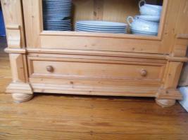 Foto 4 Holz-Glasvitrine massiv Kiefer geölt und gelaugt