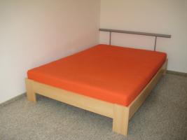 Holzbett im top Zustand (140x200)