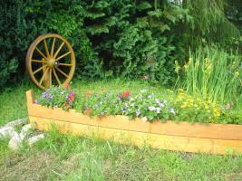Foto 4 Holzboot zum Bepflanzen