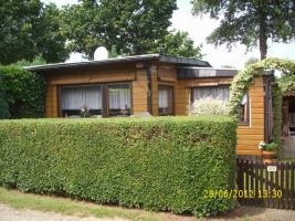 Holzhaus auf Campingplatz in Holland zu verkaufen