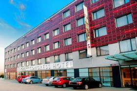 Hotel EXE IRIS****  PRAG ab € 14,50 p.P. mit Video
