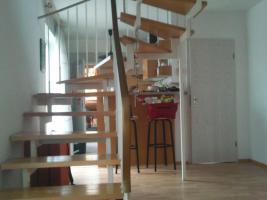 Foto 3 Hübsche 3 Zimmer Maisonetten Wohnung zu vermieten !