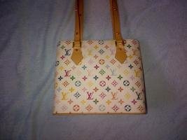 Hübsche weiße Handtasche