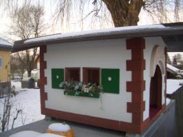 Foto 3 Hundehütte Neu-Ausstellungsstück