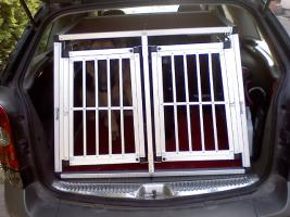 Foto 2 Hundetransportbox