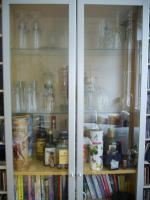 IKEA Billy Vitrine mit Glas / Aluminium Türen