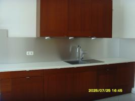 Foto 2 IKEA Design Küche mit hochwertigen Einbaugeräten (Siemens, Küppersbusch) zu verkaufen