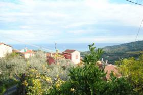 Foto 3 IM131 Diano Marina Freihstehendes Haus mit Garten, Terrasse, Carport und tollem Meerblick