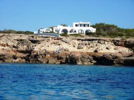 Ibiza Villa 1. Linie am Meer in Cala Conta, in  einzigartiger Lage! - Ref. Nr.239