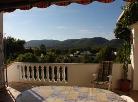 Foto 2 Ibiza Villa in der Region von San Carlos mit Panoramablick auf die Küste und das umliegende Land