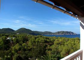 Foto 3 Ibiza Villa in der Region von San Carlos mit Panoramablick auf die Küste und das umliegende Land