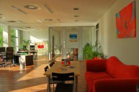 Foto 2 Ich verschenke hochwertige schöne rote Couch