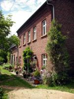 Foto 2 Idyllischer denkmalgeschützter Vierkanthof in waldrandnahem Dorf
