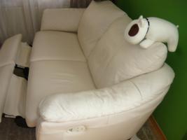 Foto 4 Ikea Älvros 3er weiss Leder Sofa ausstellbar Fußteil 11Mte.NP1299