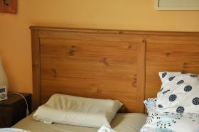 Foto 2 Ikea Bett Aspelund Antikbeize Größe 160x200cm