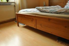 ikea bett aspelund antikbeize gr e 160x200cm in hoppst dten weiersbach. Black Bedroom Furniture Sets. Home Design Ideas