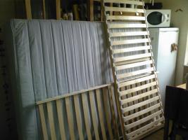 Ikea - Federkernmatratze mit 2 dazu passenden Federholzrahmen
