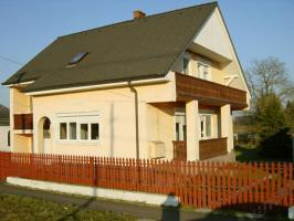 Immobilie zum Schn�ppchenpreis in Somogytarn�cs (Barcs) Ungarn